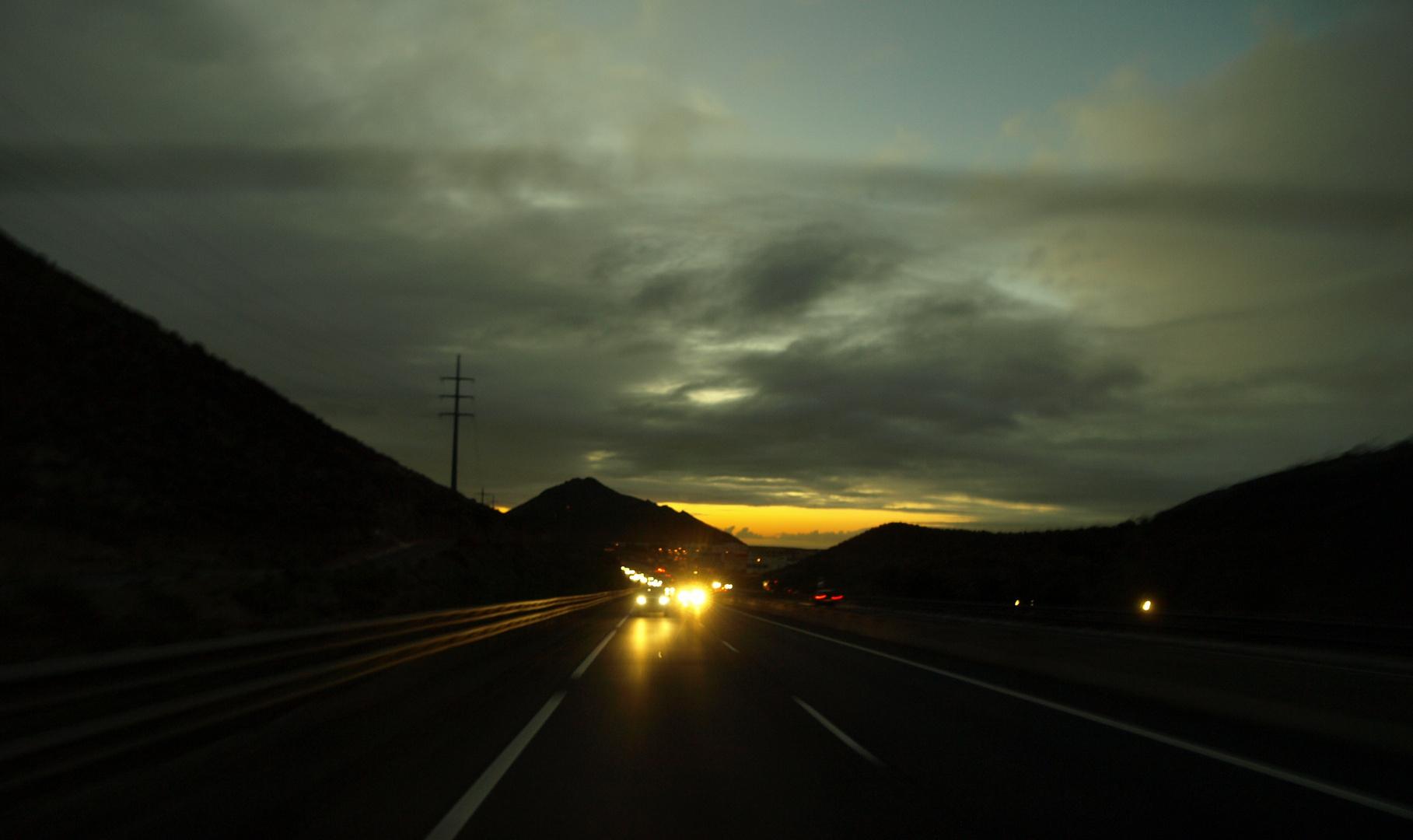Autobahn um halb 8