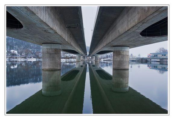 Autobahnbrücke A93