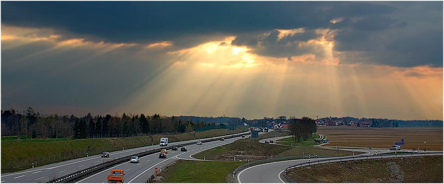 Autobahnromantik IV - Das Gesicht des Himmels