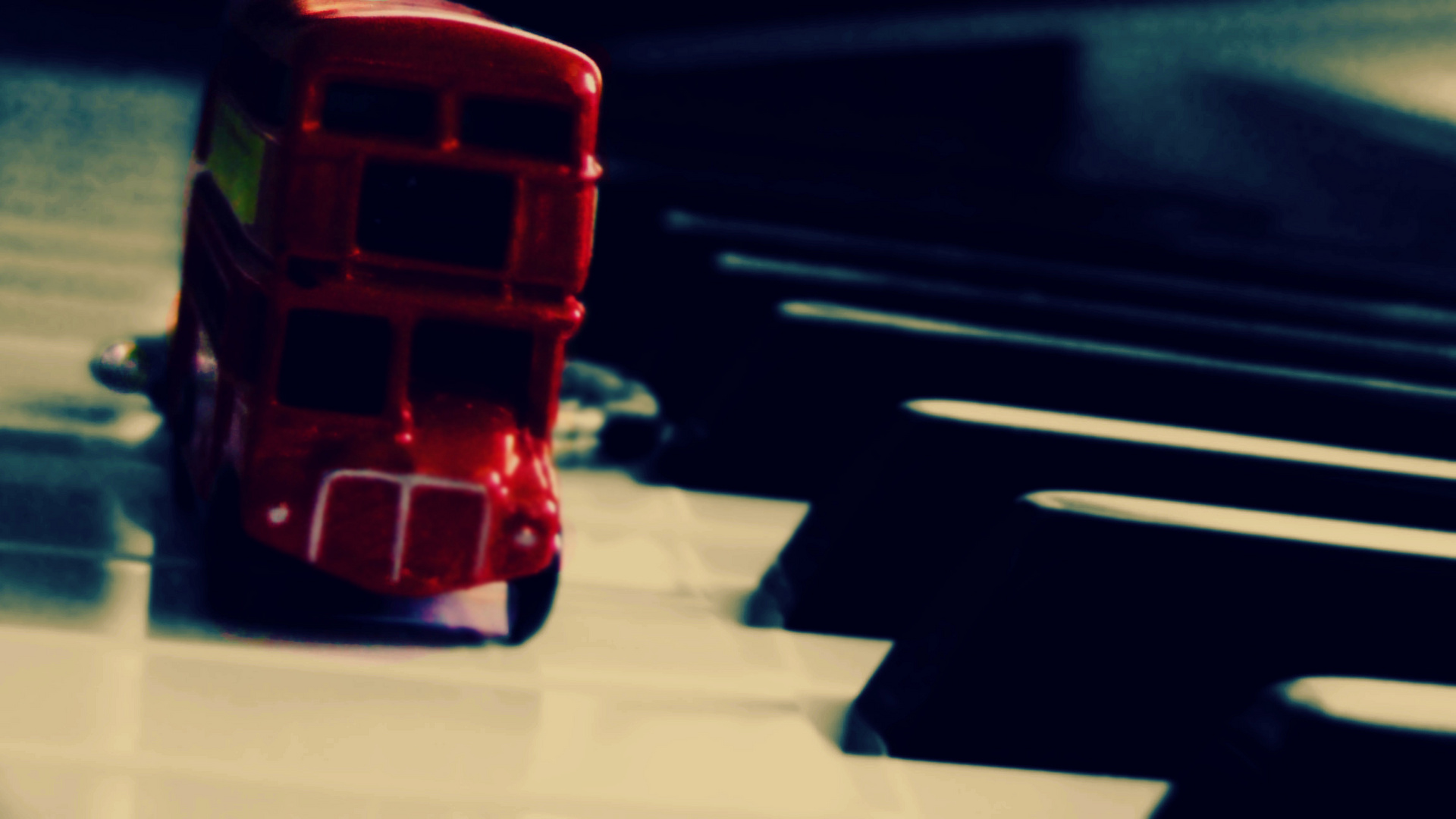 Autobús en piano