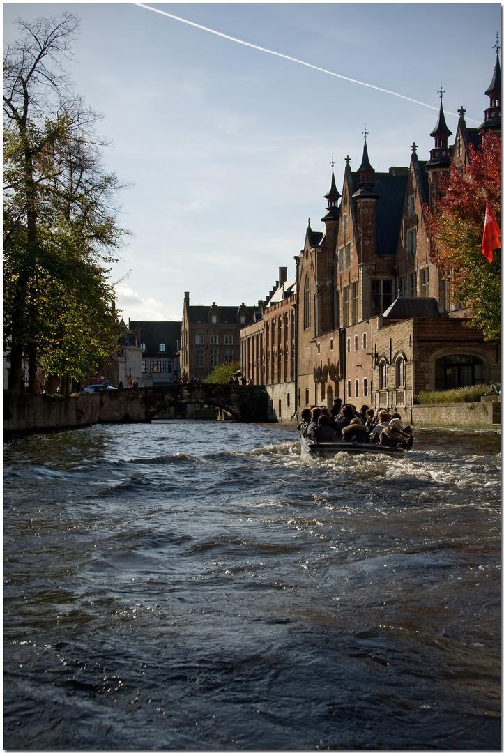 Automne à Bruges XXI Le rôl de l'eau