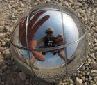 Autoportrait dans la boule