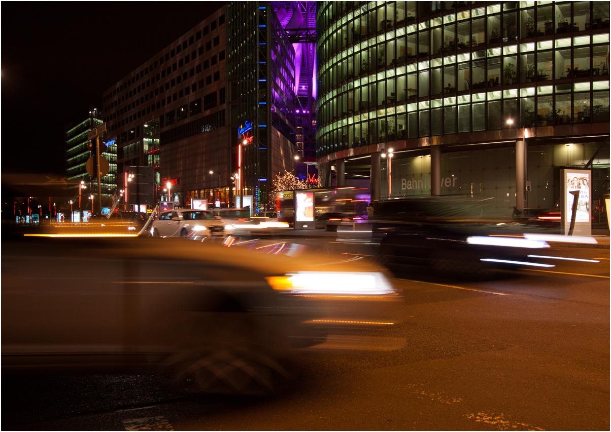 Autos am Potsdamer Platz