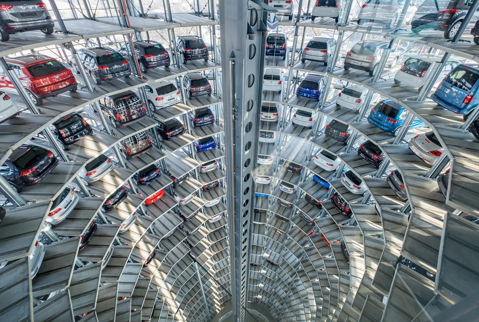 autoturm autostadt wolfsburg foto bild architektur t rme profanbauten bilder auf. Black Bedroom Furniture Sets. Home Design Ideas