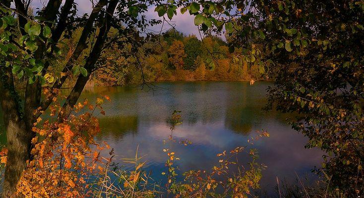 Autumn at the lake (10)