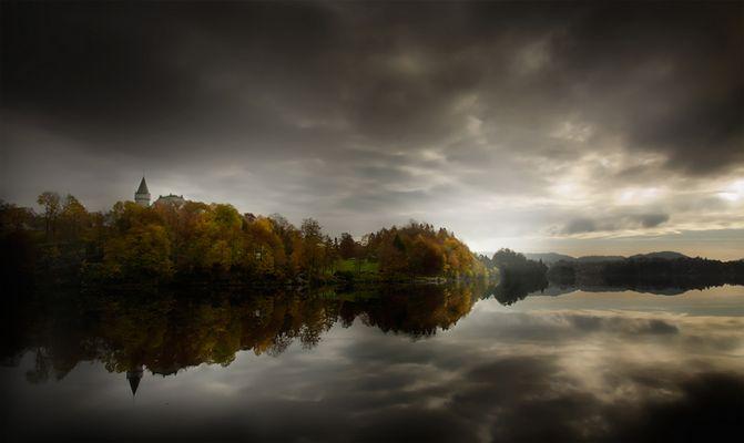 Autumn morning Gamlehaugen