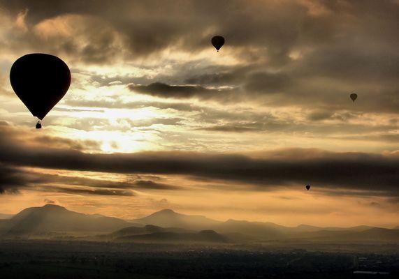Awekening on a ballon...