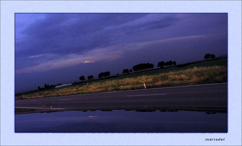 Azúl en la carretera