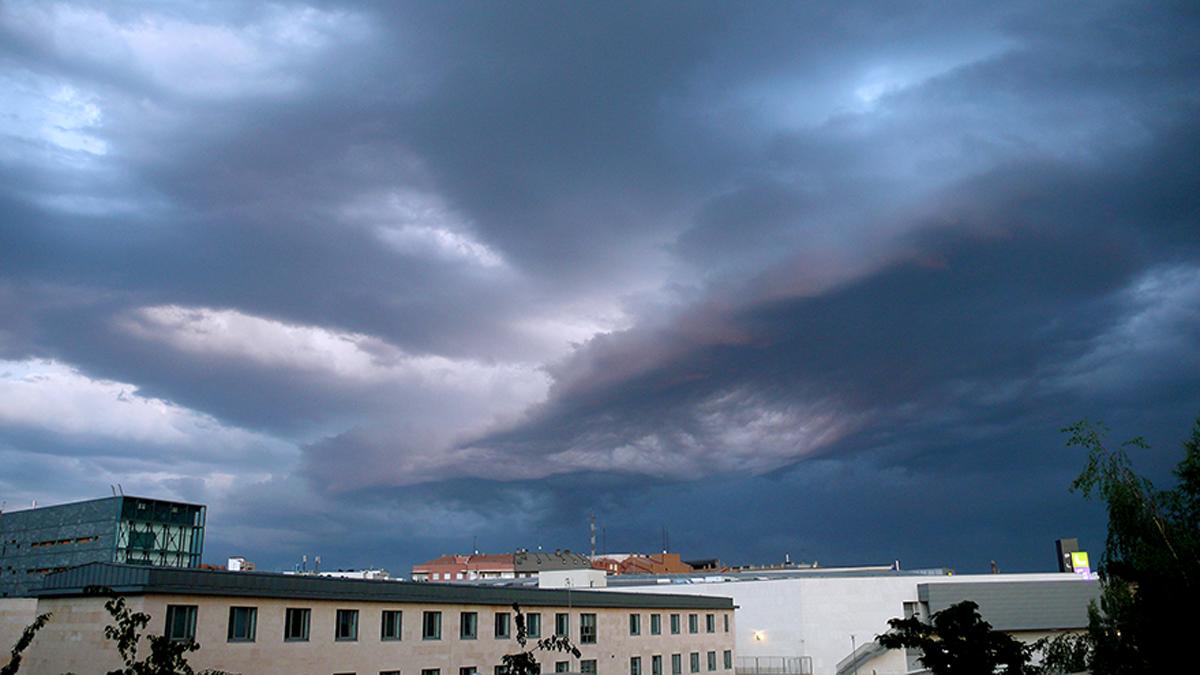 """Azul tormenta"""