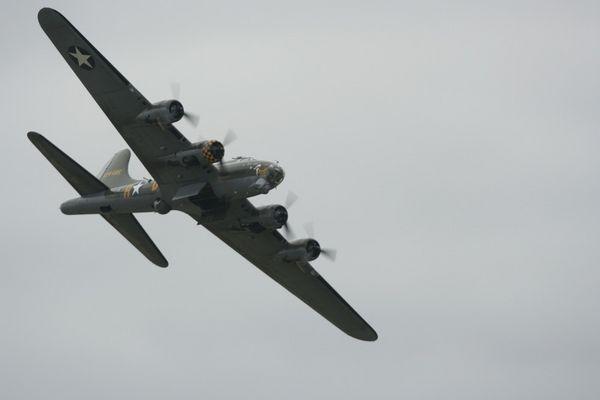 b-17 at duxford