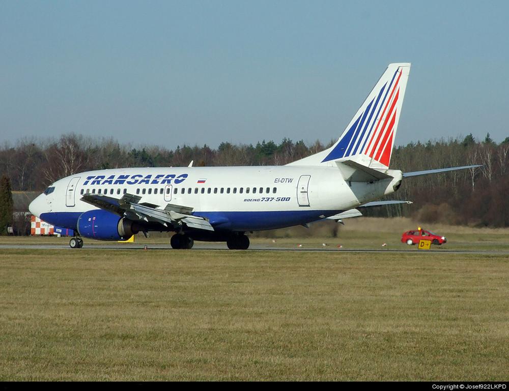 B 737-500 Transaero