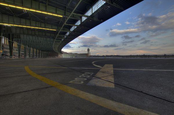 B - Flughafen Tempelhof II