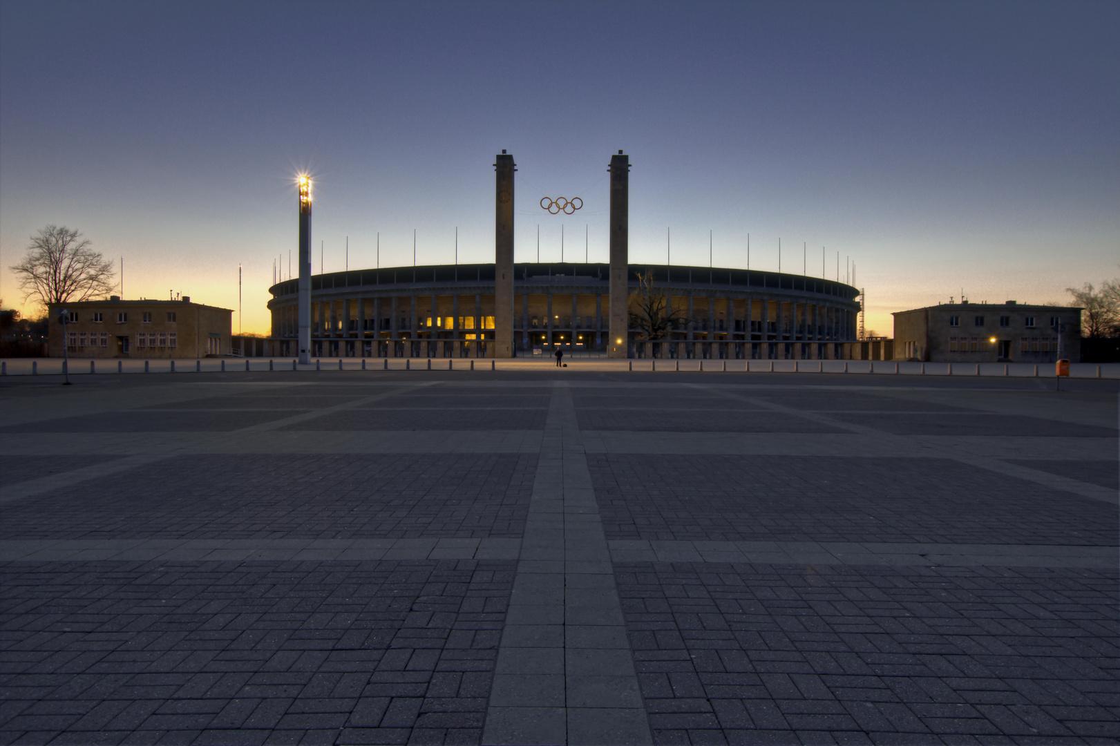 B - Olympiastadion