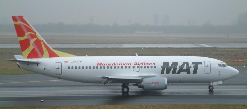 B737-3B7 der Macedonian Airlines, Reg.Z3-AAF