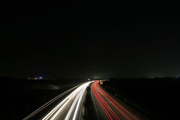 B9 bei Nacht
