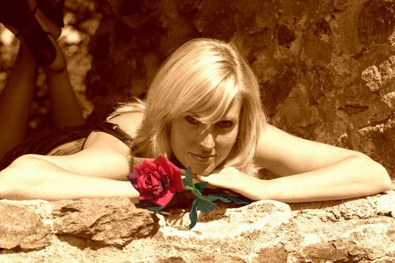 Babsi m. roter Rose