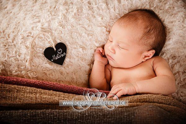 Baby Melina, 8 Tage | (Babyfotograf Oberhausen)