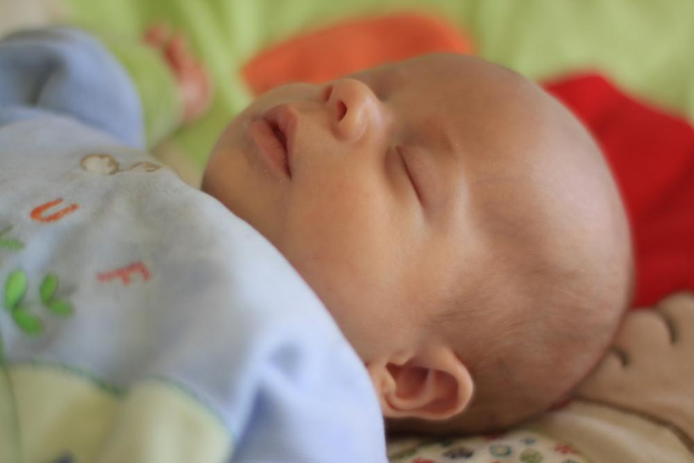 Baby, schlafend