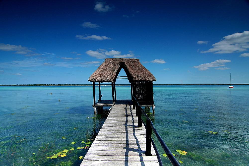 Bacalar - Mexiko. Die Lagune der sieben Farben