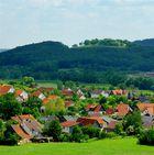 Bachfeld und die Ruine Schaumburg
