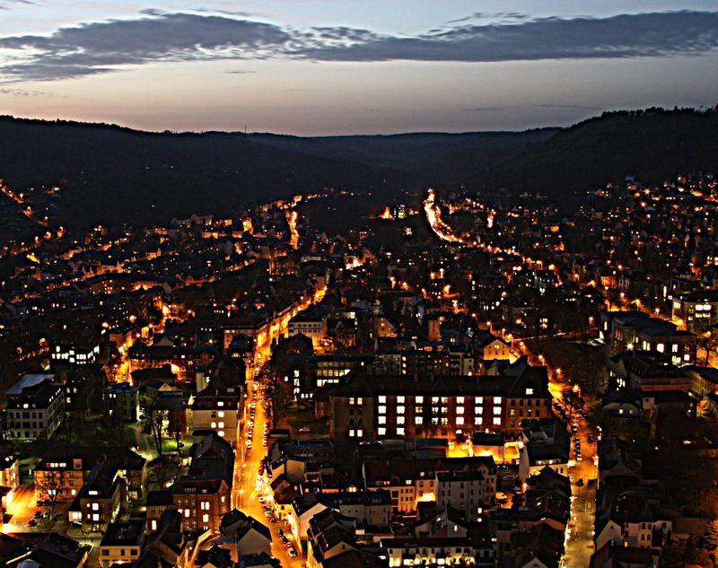Bachstraße by night