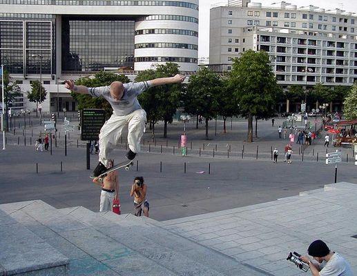 Backside ollie 180, Bercy, Paris, June 2002. Big one!