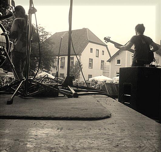 ...back_stage...