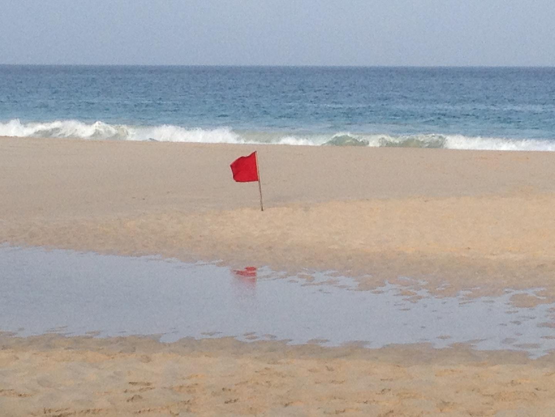 Badeverbot auf Kreolisch
