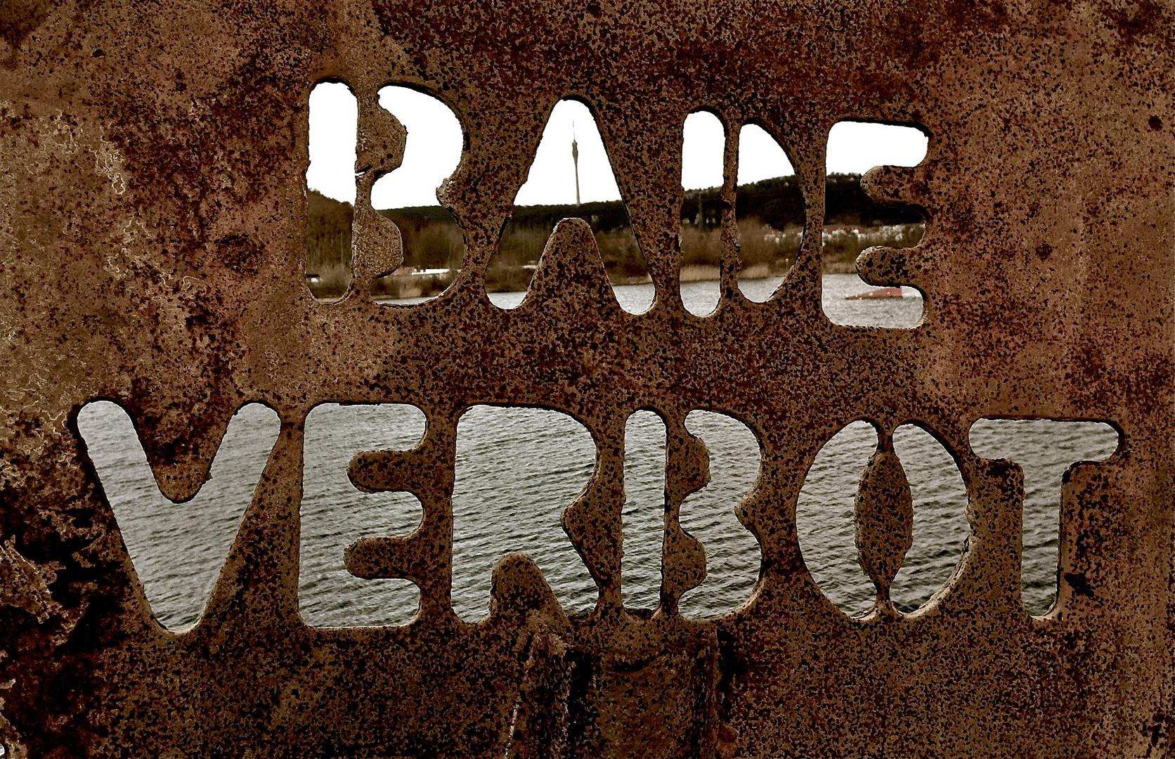 Badeverbot - Kiesgrube Leuben
