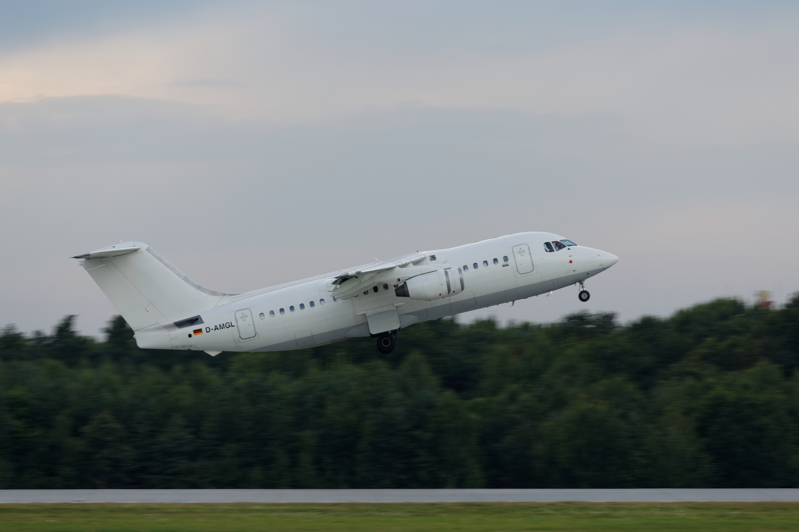 BAe 146-200 AirBerlin @ EDDC (Dresden)