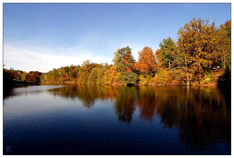 Bärensee im Herbst