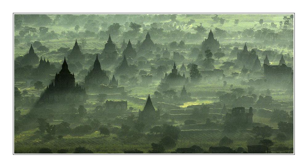Bagan am Morgen