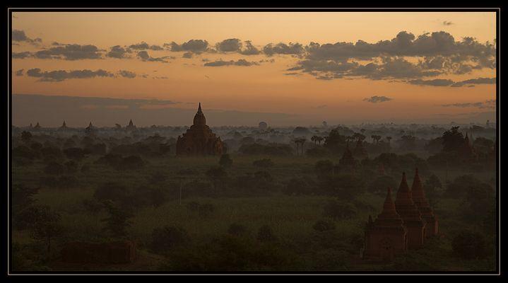Bagan am Morgen I