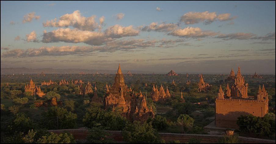Bagan am Morgen II