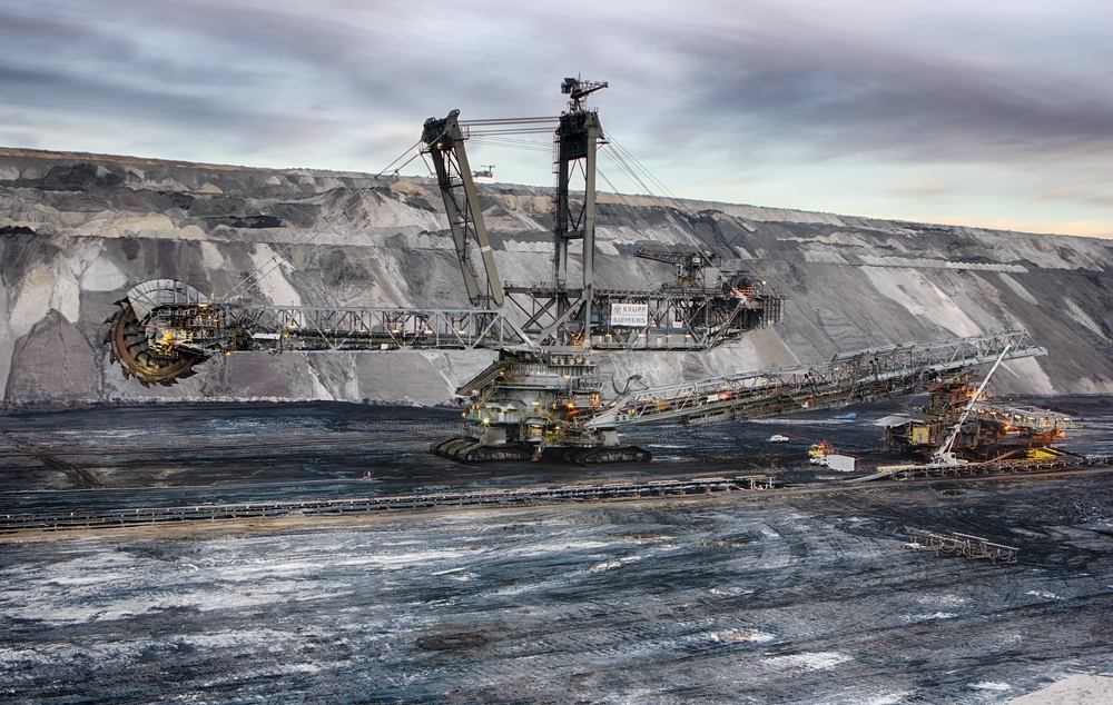 Bagger 284-HDR 01