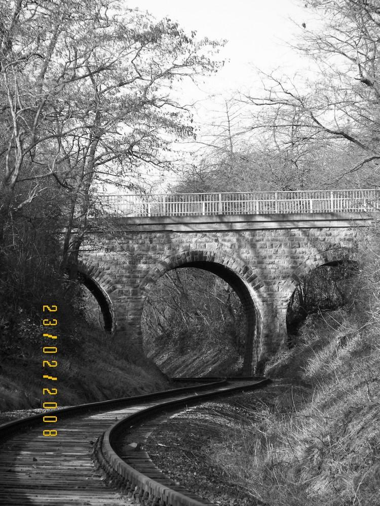 Bahnbrücke bei Pohl-Göns
