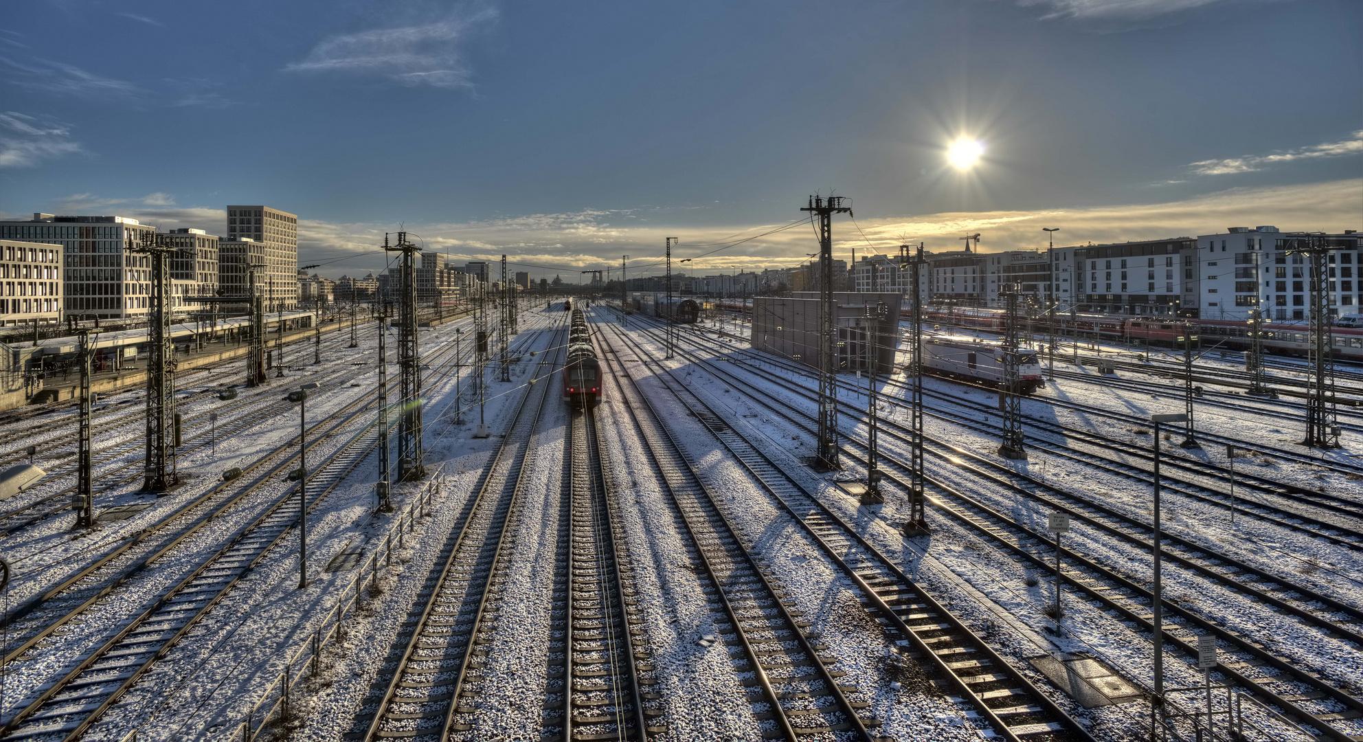 Bahngleise in München von der Donnersberger Brücke