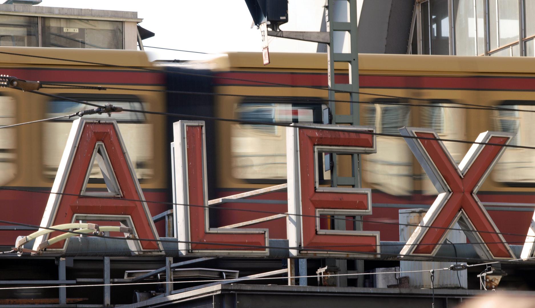 Bahnhof Alexanderplatz