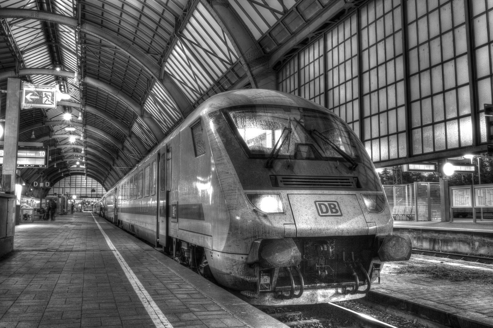 Bahnhof am Morgen