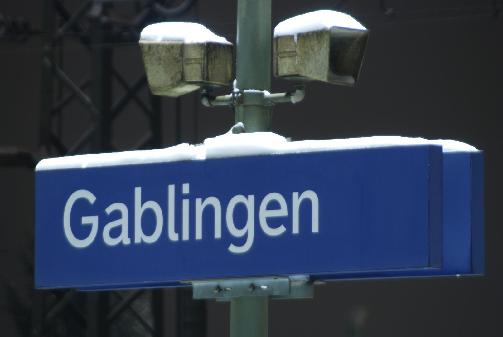 Bahnhof Gablingen bei Nacht