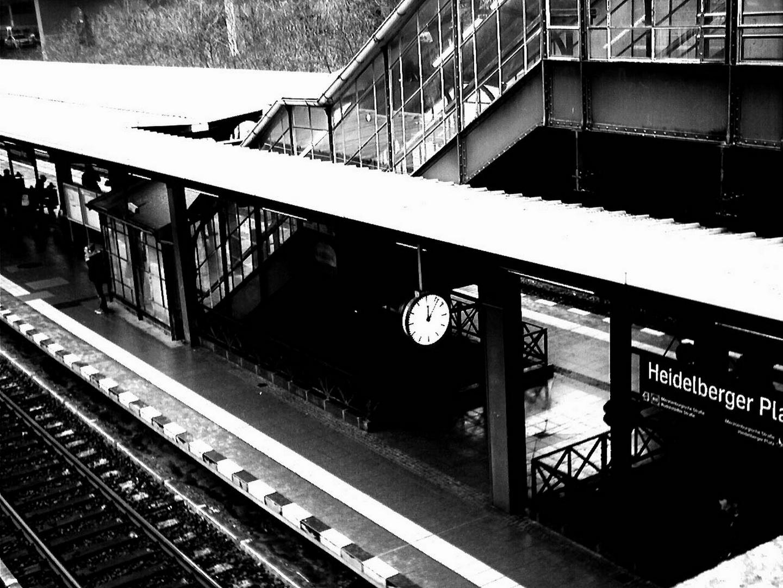 Bahnhof Heidelberger Platz in Berlin