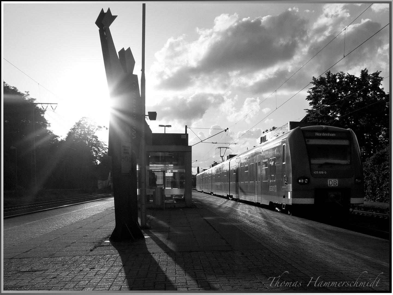 Bahnhof Hude - Willkommen