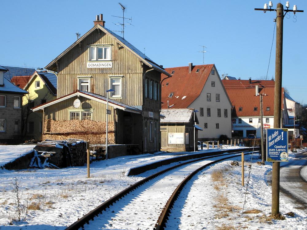 Bahnhof im Schnee III