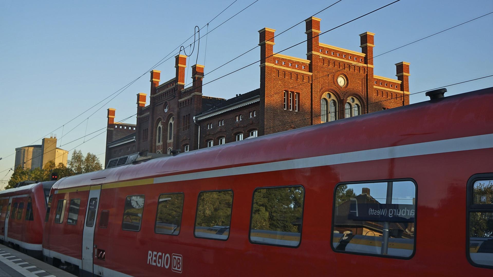 Bahnhof in Warburg 3