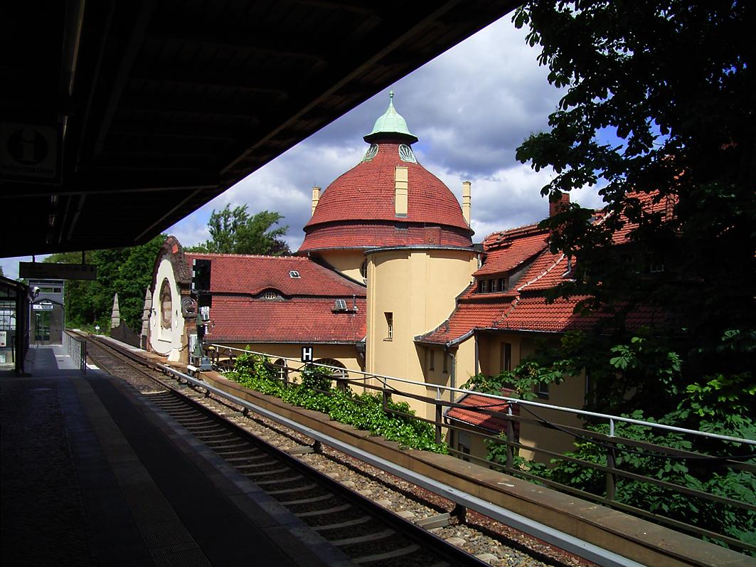 Bahnhof irgendwo in Berlin