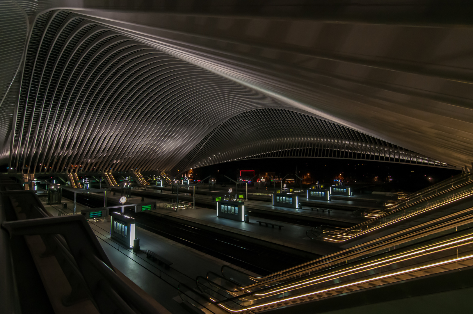 Bahnhof Liège-Guillemins in Lüttich - Architekt: Santiago Calatrava