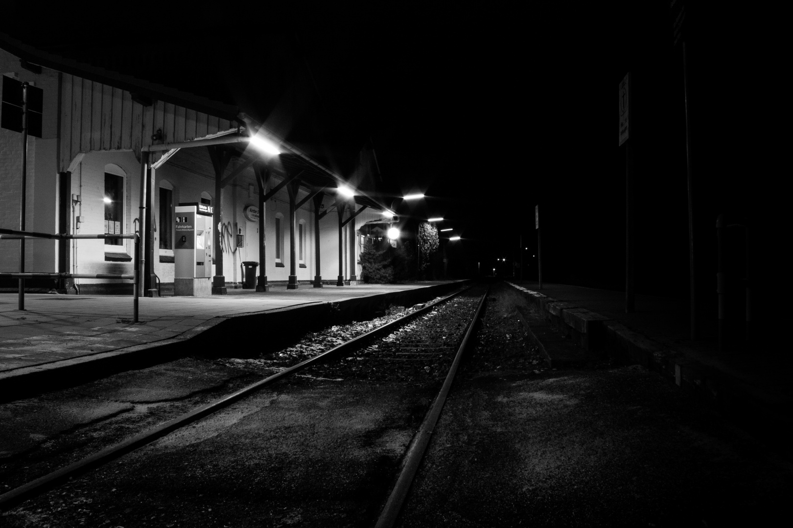 Bahnhof Munster bei Nacht - 02