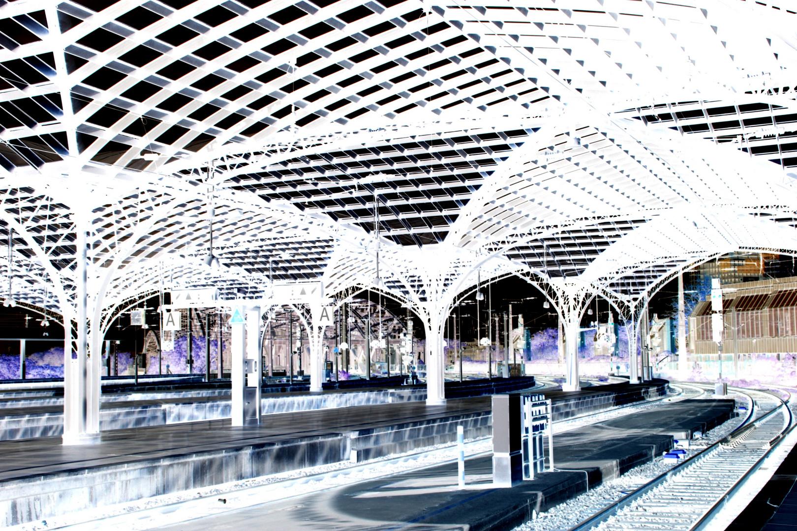 Bahnhof Negativ