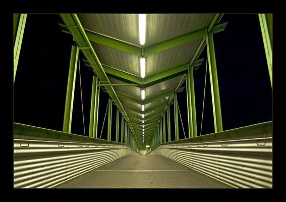 Bahnhofsbrücke Gießen +RELOAD+