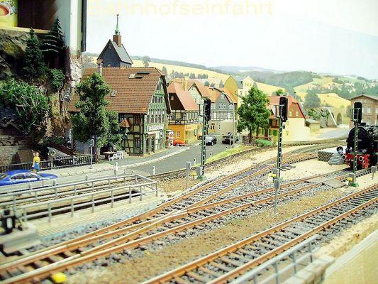 Bahnhofseinfahrt West